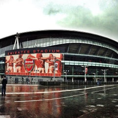 Photo taken at Emirates Stadium by MM A. on 12/24/2012