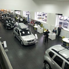 Photo taken at Автомастер (салон Renault, Yamaha) by Dmitry Y. on 11/26/2012
