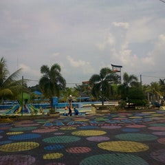 Photo taken at Hairos Indah Waterpark by j n. on 5/5/2014