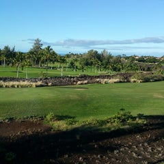Photo taken at Hilton Grand Vacations Kohala Suites at Waikoloa Beach Resort by Sue O. on 1/6/2015
