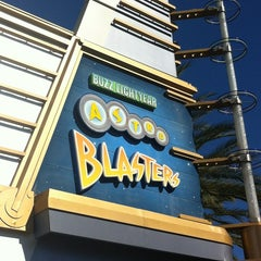 Photo taken at Buzz Lightyear Astro Blasters by Dee A. on 10/28/2012