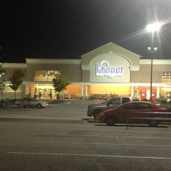 Photo taken at Kroger by Barclay B. on 8/28/2013