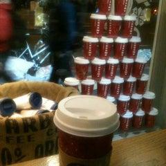 Photo taken at Starbucks by Hande G. on 12/18/2013