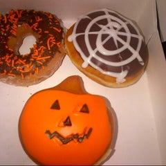 Photo taken at Krispy Kreme Doughnuts by Waad N. on 10/28/2012