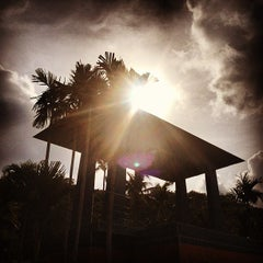 Photo taken at ระยอง รีสอร์ท (Rayong Resort) by Pop P. on 5/23/2013