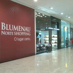 Photo taken at Norte Shopping by Denis J. on 3/23/2013