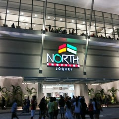 Photo taken at North Shopping Jóquei by Léo V. on 10/30/2013