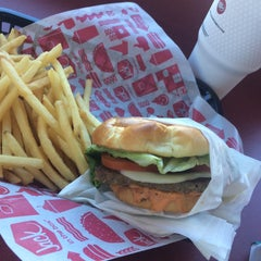 Photo taken at Jack in the Box by Jose L. on 2/13/2015