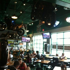 Photo taken at Quaker Steak & Lube® by Brian D. on 7/4/2013