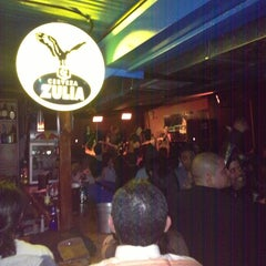Photo taken at Discovery Bar by Alejandro R. on 12/29/2012