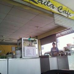 Photo taken at Laila Cafe by Wan Aszmeelrolzaman B. on 9/24/2012