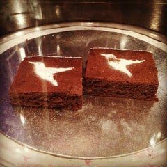 Photo taken at The Hummingbird Bakery by Sai V. on 11/5/2012