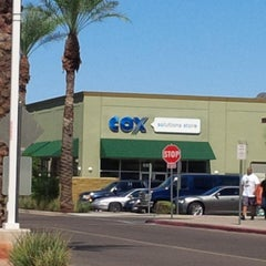Photo taken at Cox Residential Digital Solutions Store by Nuning  i. on 9/27/2013