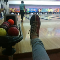 Photo taken at Spincity Bowling Alley by Retno W. on 5/30/2014