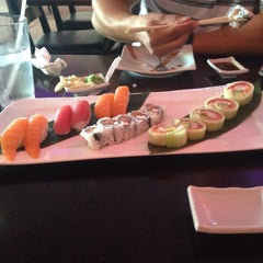Photo taken at Iron Chef Japanese Cuisine by Carri on 8/14/2015