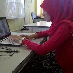 "Photo taken at Universitas Putra Indonesia ""YPTK"" by Ressa P. on 12/18/2012"