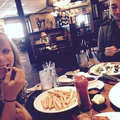 Photo taken at LongHorn Steakhouse by Carrie N. on 5/12/2015