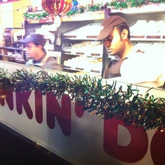 Photo taken at Dunkin Donuts by Maurizio C. on 1/1/2013