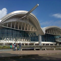 Photo taken at Sultan Hasanuddin International Airport (UPG) by Kardoman T. on 6/16/2013