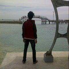 Photo taken at Jembatan Cinta by Rizki Y. on 3/29/2013