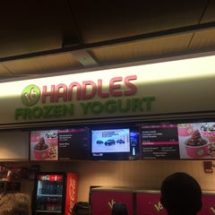 Photo taken at 16 Handles by Nicholas S. on 3/25/2015