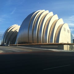 Photo taken at Kauffman Center for the Performing Arts by Amber C. on 11/10/2013