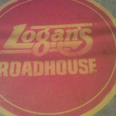 Photo taken at Logan's Roadhouse by Alexander R. on 10/4/2012