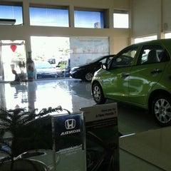 Photo taken at Honda Pacific Motor (Dealer Mobil Honda) by Stefanus E. on 2/13/2013