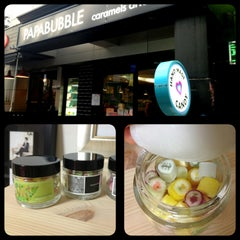 Photo taken at 파파버블 (papabubble) by 영주 김. on 3/8/2013