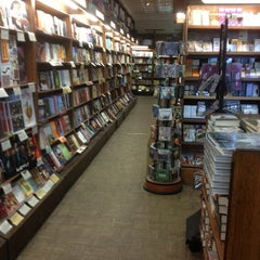 Photo taken at Boulder Bookstore by Ines G. on 3/13/2013
