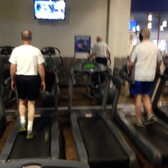 Photo taken at 24 Hour Fitness by Lesina G. on 4/4/2014