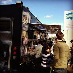 Photo taken at Komodo Food Truck by Eduard O. on 12/13/2012