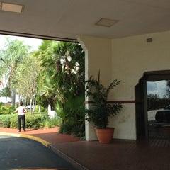 Photo taken at Maingate Lakeside Resort by Leila P. on 9/18/2012