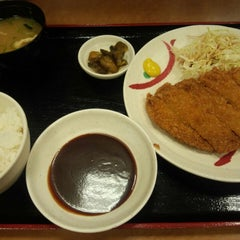 Photo taken at 宮本むなし 阪神西元町駅前店 by かわたく on 5/20/2014