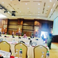 Photo taken at Kementerian Kesihatan Malaysia by Muhamad Elyas H. on 11/11/2014