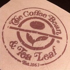 Photo taken at The Coffee Bean & Tea Leaf by 🎀Lu N. on 5/8/2013