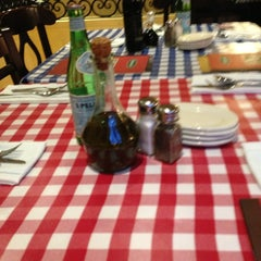 Photo taken at Italianni's by Walter M. on 7/14/2013
