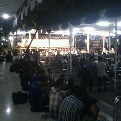 Photo taken at Fakultas Ekonomika dan Bisnis by Said J. on 9/14/2012