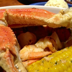 Photo taken at Red Lobster by Sara M. on 9/17/2012
