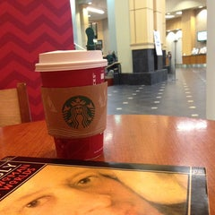 Photo taken at Starbucks by Eve on 12/4/2013