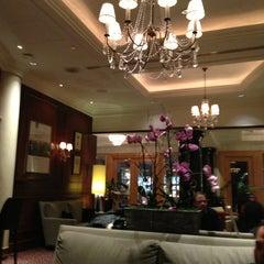 Photo taken at sheraton lobbybar by Pelin D. on 3/16/2013