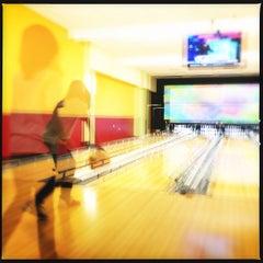 Photo taken at Celebrity Lanes Bowling by Dan S. on 11/17/2012
