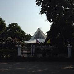 Photo taken at The First Church of Chiang Mai โบสถ์คริสตจักรที่ 1 เชียงใหม่ by Jonny on 4/15/2015