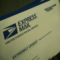 Photo taken at US Post Office - Inglewood by Django💈 on 11/13/2012