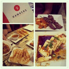 Photo taken at Hawkers Asian Street Fare by Elaine M. on 10/5/2012