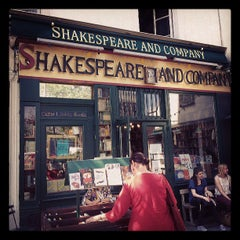 Photo taken at Shakespeare & Company by anette04 on 6/5/2013