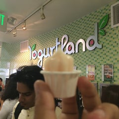 Photo taken at Yogurtland by Young M. on 5/24/2014