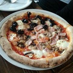 Photo taken at Pizzeria Via Mercanti by Sonja M. on 10/6/2012