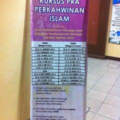 Photo taken at Majlis Agama Islam Negeri Johor by Vyanna on 10/31/2013