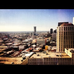 Photo taken at Hilton New Orleans Riverside by Impulse E. on 11/17/2012